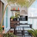 Живот на балкона – 3 идеи за устройване на удивителни зони за отдих и забавление