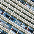 Кога да изберем PVC прозорци и кога – алуминиеви?